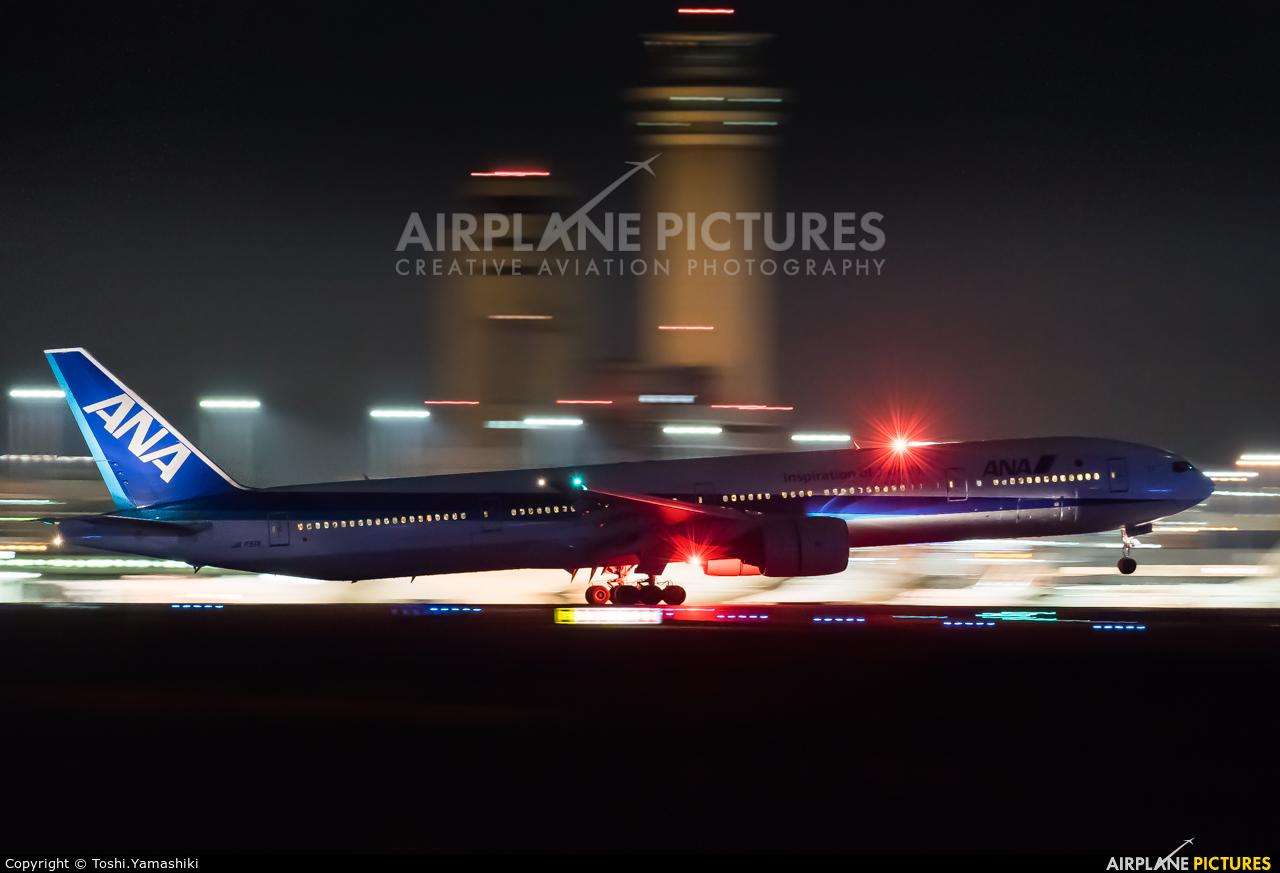 ANA - All Nippon Airways JA751A aircraft at Tokyo - Haneda Intl