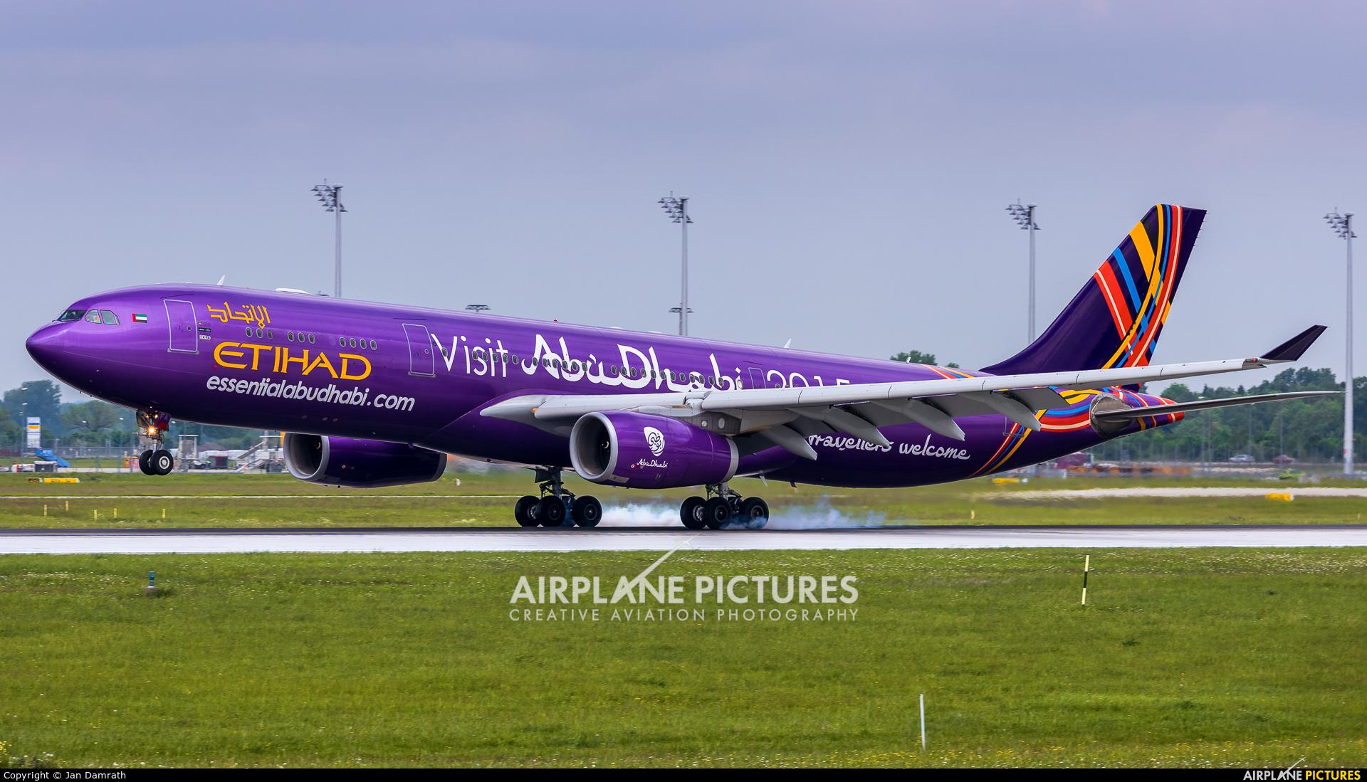 Etihad Airways A6-AFA aircraft at Munich