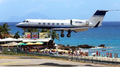 N771AV - Private Gulfstream Aerospace G-IV,  G-IV-SP, G-IV-X, G300, G350, G400, G450