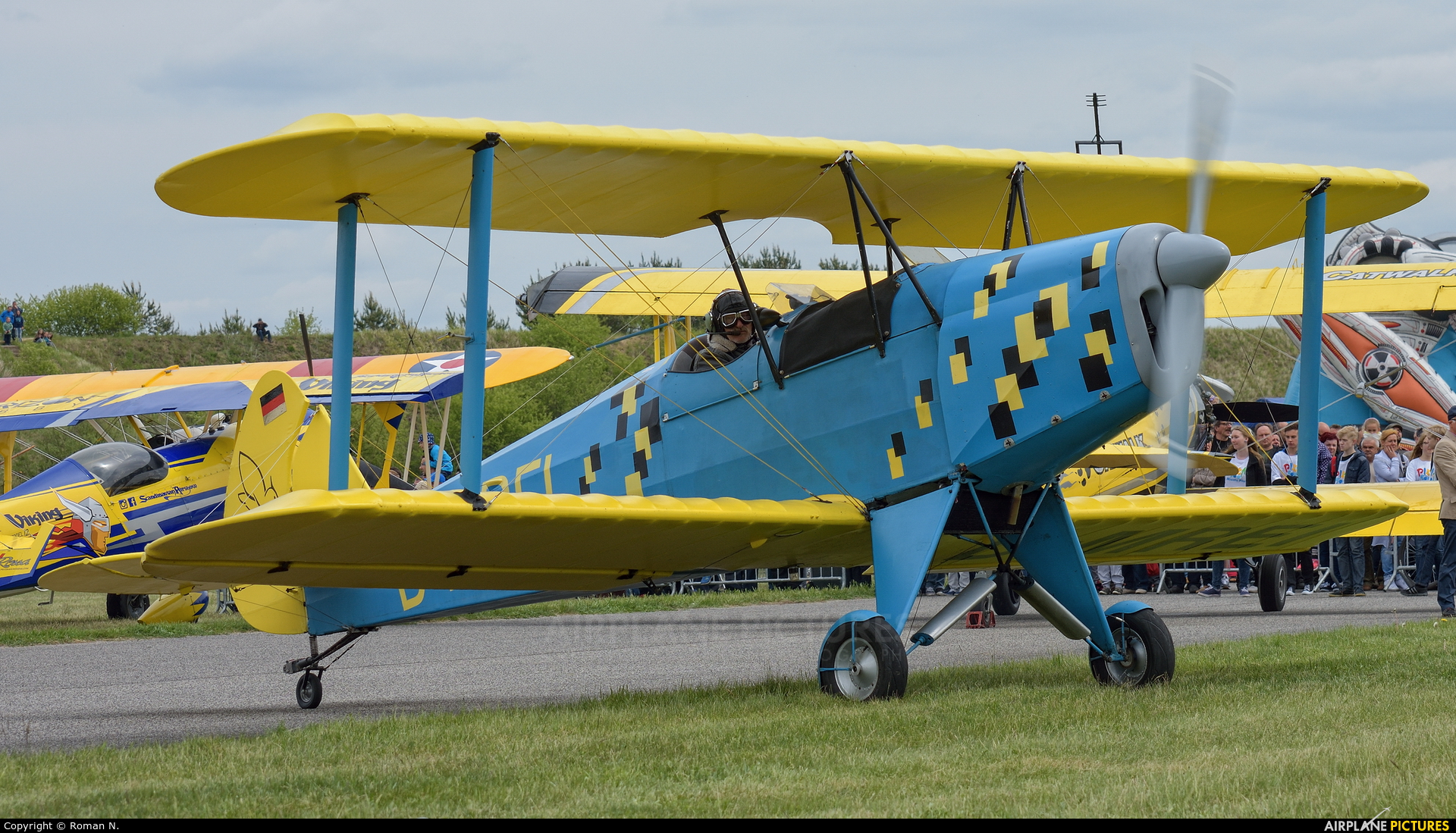 Private D-MREI aircraft at Piła