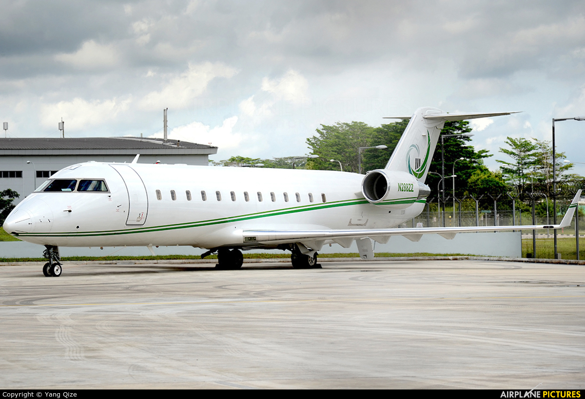 N288ZZ  Private Canadair CL600 Challenger 850 At Singapore  Changi  Photo