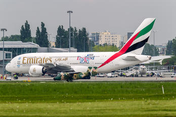 A6-EET - Emirates Airlines Airbus A380
