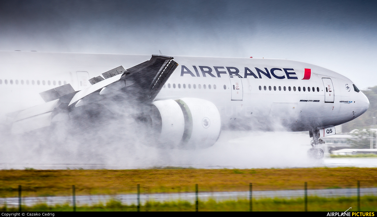 Air France F-GSQS aircraft at Guadeloupe - Pointe-à-Pitre