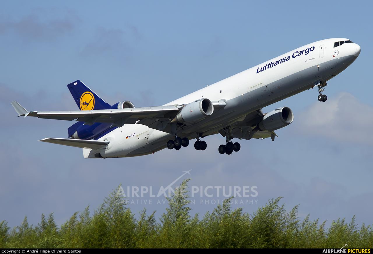 Lufthansa Cargo D-ALCB aircraft at Curitiba -  Afonso Pena
