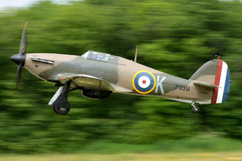 F-AZXR - Private Hawker Hurricane I