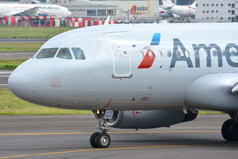 N805AW - American Airlines Airbus A319