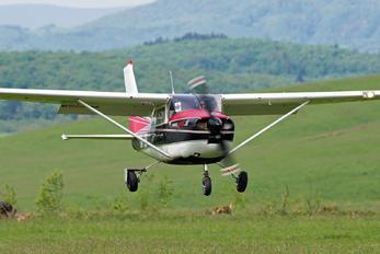 OM-DBT - Slovensky Narodny Aeroklub Cessna 182 Skylane (all models except RG)