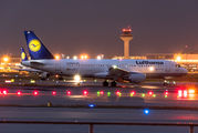 D-AIZK - Lufthansa Airbus A320 aircraft
