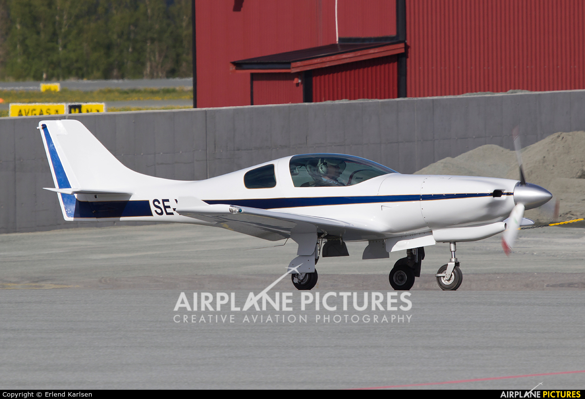 Private SE-XIC aircraft at Trondheim - Vaernes