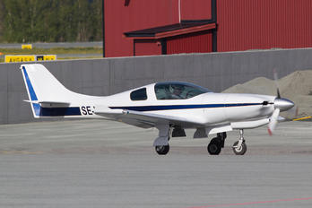 SE-XIC - Private Lancair 235