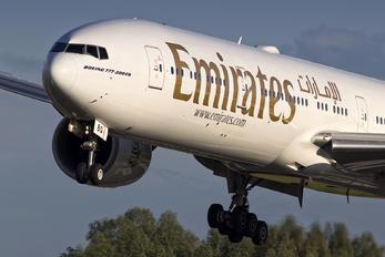 A6-EBQ - Emirates Airlines Boeing 777-300ER