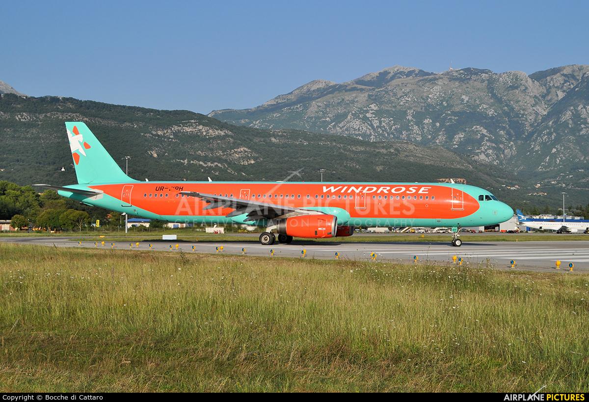 Windrose Air UR-WRH aircraft at Tivat