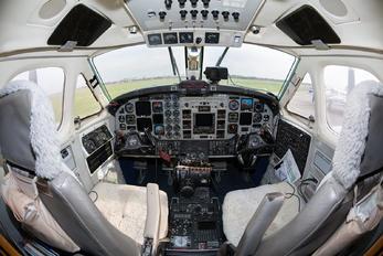 UR-CWB - Ukraine - UkSATSE Beechcraft 300 King Air 350