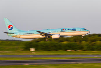 HL7725 - Korean Air Boeing 737-900