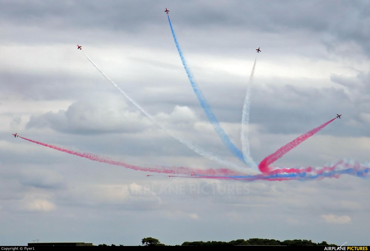 """Royal Air Force """"Red Arrows"""" XX242 aircraft at Waddington"""