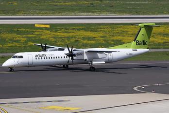 YL-BBU - Air Baltic de Havilland Canada DHC-8-400Q Dash 8