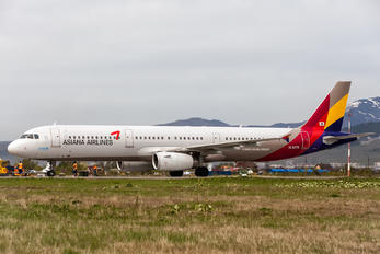 HL8278 - Asiana Airlines Airbus A321