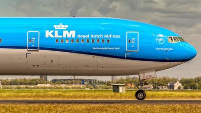 PH-BVO - KLM Boeing 777-300ER