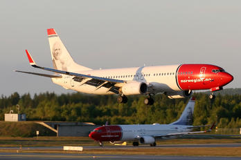 LN-NOC - Norwegian Air Shuttle Boeing 737-800