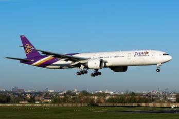 HS-TKU - Thai Airways Boeing 777-300ER