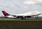 N661US - Delta Air Lines Boeing 747-400 aircraft