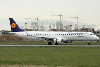 D-AEMD - Lufthansa Regional - CityLine Embraer ERJ-190 (190-100)