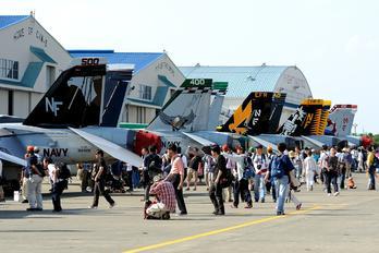 166928 - USA - Navy Boeing EA-18G Growler