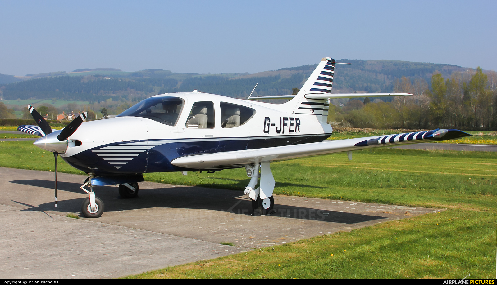 Private G-JFER aircraft at Welshpool