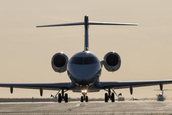 M-OIWA - Dalia Air Bombardier BD-100 Challenger 300 series