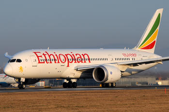 ET-AOU - Ethiopian Airlines Boeing 787-8 Dreamliner