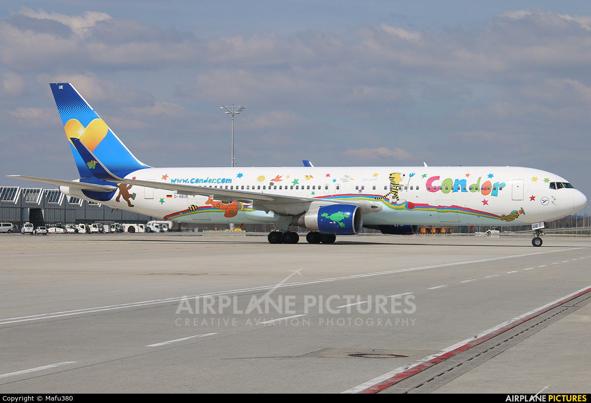 Condor D-ABUE aircraft at Munich