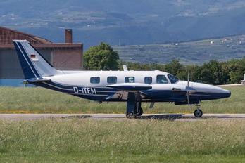 D-ITEM - Private Piper PA-31T Cheyenne