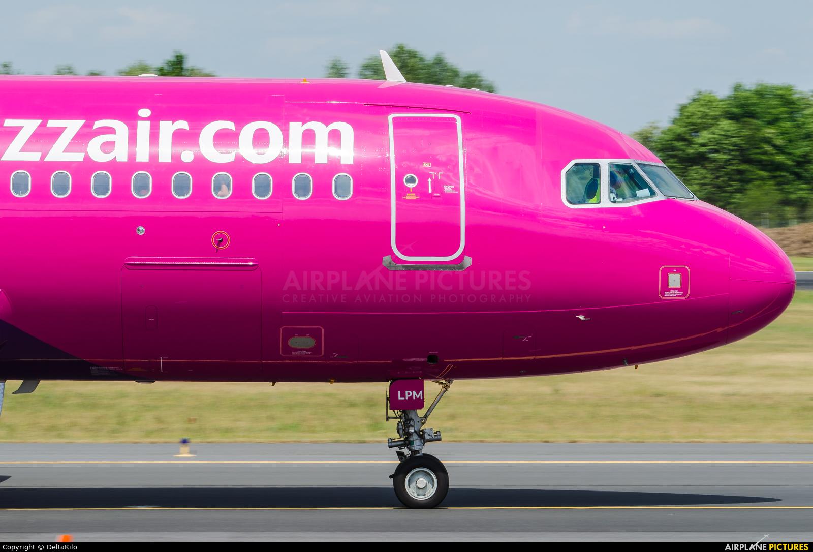Wizz Air HA-LPM aircraft at Poznań - Ławica