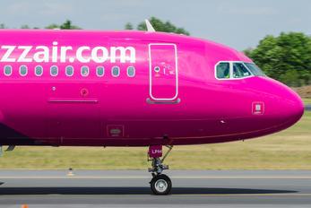 HA-LPM - Wizz Air Airbus A320