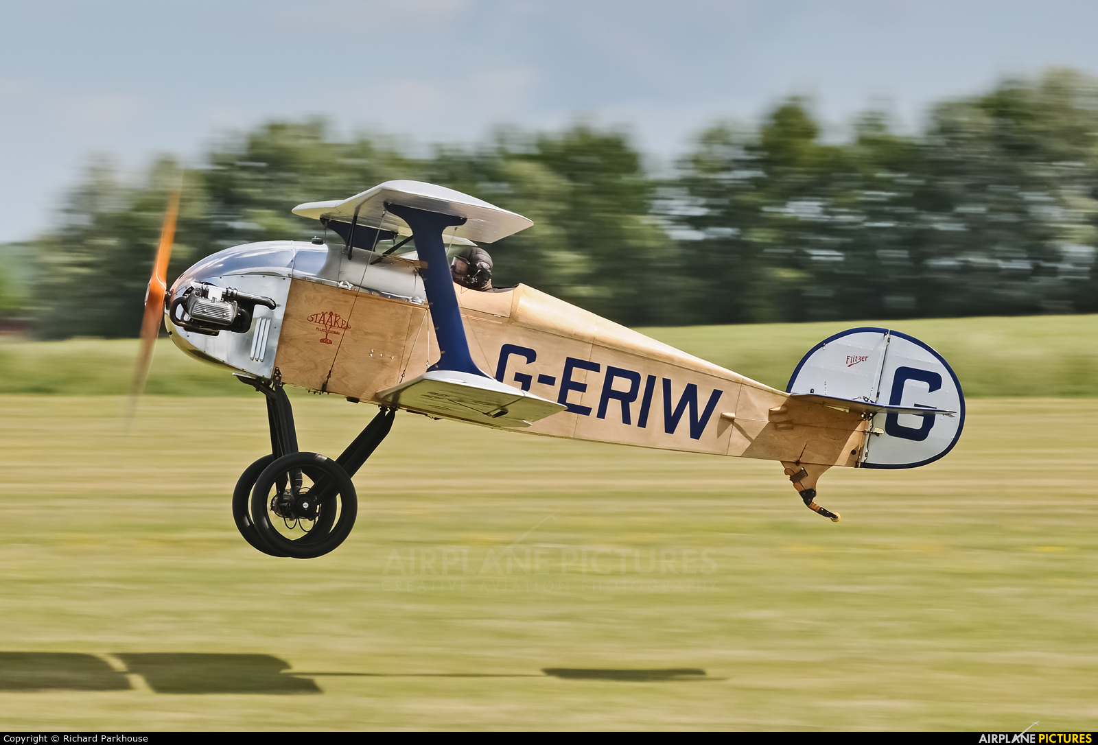 Private G-ERIW aircraft at Old Sarum