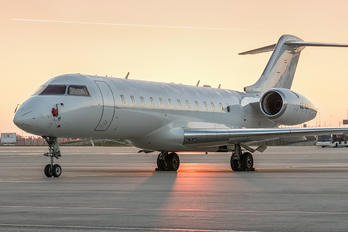 OE-IGS - Private Bombardier BD-700 Global Express