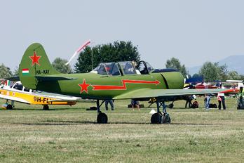 HA-KAY - Private Yakovlev Yak-52