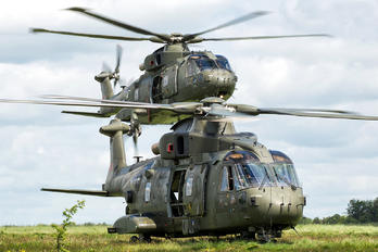 - - Royal Navy Agusta Westland AW101 411 Merlin HC.3