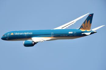 N1020K - Vietnam Airlines Boeing 787-9 Dreamliner