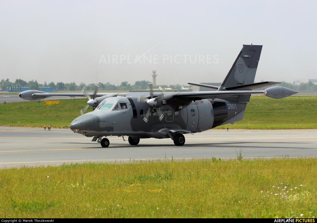 Slovakia -  Air Force 2901 aircraft at Warsaw - Frederic Chopin