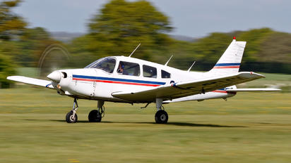 G-CFMX - Stapleford Flying Club Piper PA-28 Cherokee