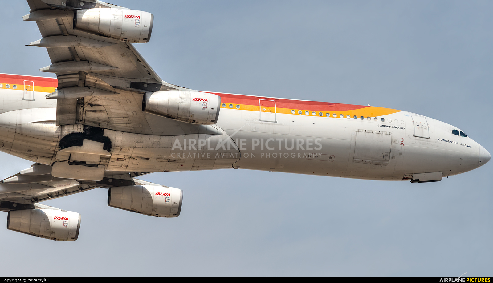 Iberia EC-GLE aircraft at Madrid - Barajas