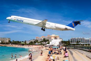PJ-MDF - Insel Air McDonnell Douglas MD-83