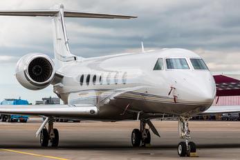 N860AA - Private Gulfstream Aerospace G-V, G-V-SP, G500, G550