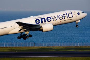 JA771J - JAL - Japan Airlines Boeing 777-200