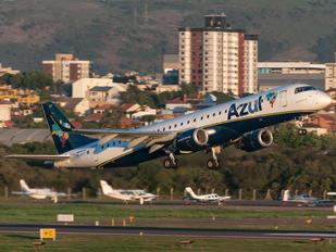 PR-AXY - Azul Linhas Aéreas Embraer ERJ-195 (190-200)