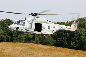N-325 - Netherlands - Navy NH Industries NH90 NFH