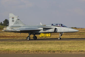 3924 - South Africa - Air Force SAAB JAS 39C Gripen