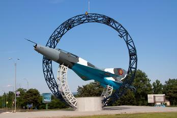 5721 - Romania - Air Force Mikoyan-Gurevich MiG-21US