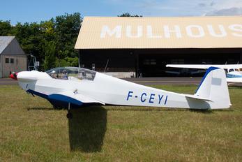 F-CEYI - Private Scheibe-Flugzeugbau SF-28A Tandem-Falke